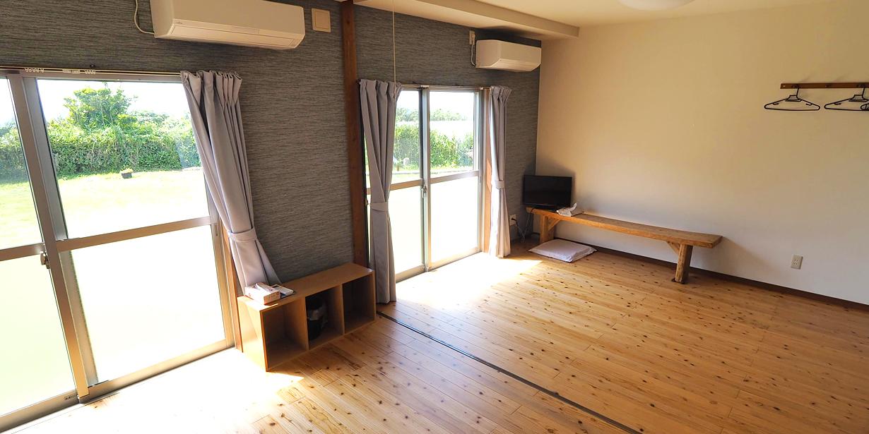 民宿インディゴ12畳の和洋室